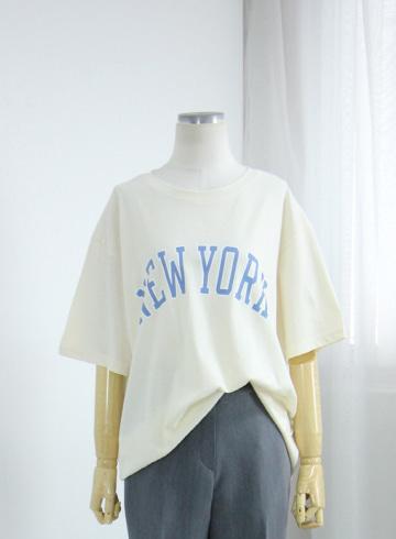 뉴욕 레터링 반팔 티셔츠 EZR18