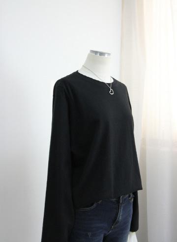 플랜 라운드넥 티셔츠 GD1355