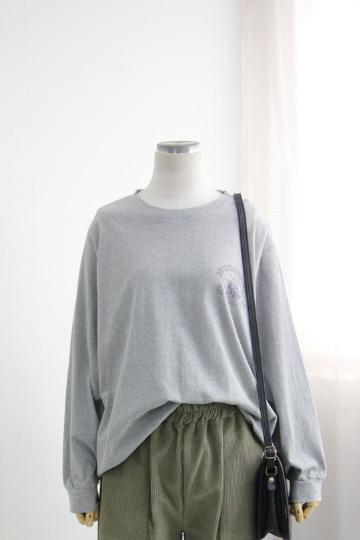 1969 캐주얼 라운드넥 티셔츠 LV1437