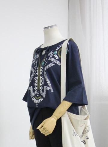 에스닉 라운드넥 티셔츠 MN1341