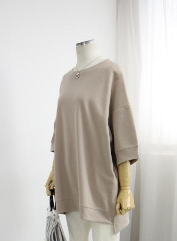 어스 라운드넥 티셔츠 OKI760